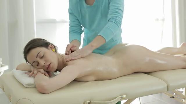 Секс минет с молоденькой
