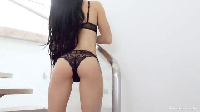 Маленькая стройная в порно