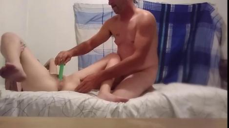 Мужик снял студентку чтобы ее трахнуть секс медленное проникновение