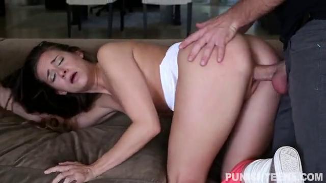 Секс с молоденькой рабыней